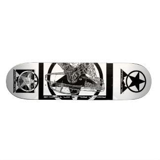 Fameland Rock 'n Roll on Tracks™ Skateboard #3