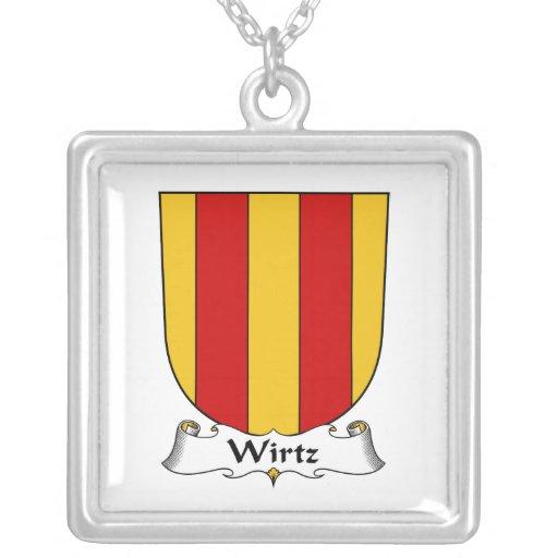 Familia Crest.png de Wirtz Colgante