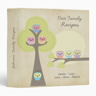 Familia de búhos en carpeta del regalo de la recet