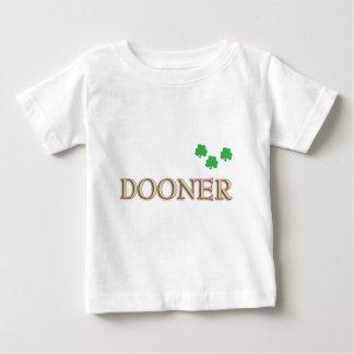 Familia de Dooner Playera
