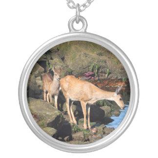 Familia de los ciervos con los cervatillos gemelos joyeria personalizada