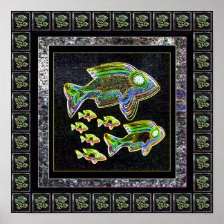 Familia de pescados que brilla intensamente linda póster