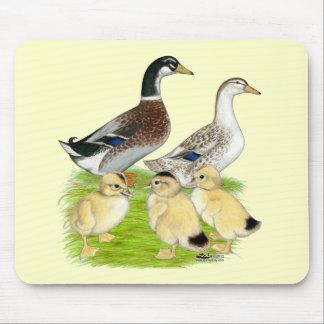 Familia de plata de Appleyard Mousepads
