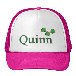 Familia de Quinn Gorros