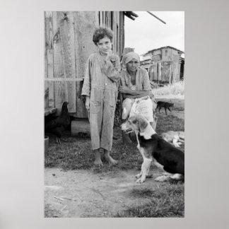 Familia del aparcero con el perro de caza: 1935 impresiones