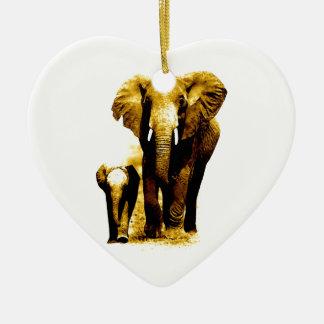 Familia del elefante adorno de cerámica en forma de corazón