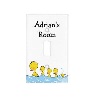 Familia del pato de la natación - cuarto de niños cubiertas para interruptor