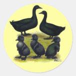 Familia del pato del Cayuga Pegatina Redonda