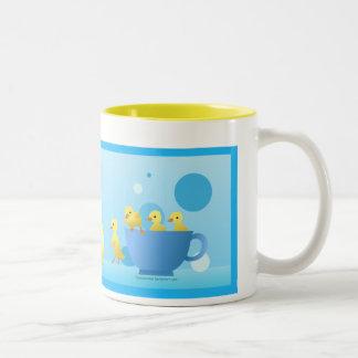 Familia del pato taza de café de dos colores