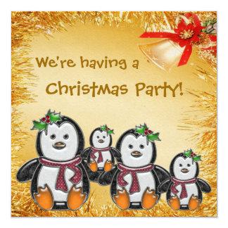 Familia del pingüino, malla del oro y fiesta de invitación 13,3 cm x 13,3cm