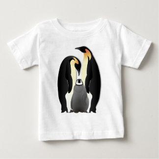 familia del pingüino polera