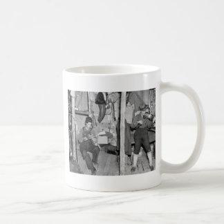 Familia del violín del río del hierro, los años 30 taza básica blanca