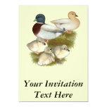 Familia en colores pastel del pato de la llamada invitacion personal