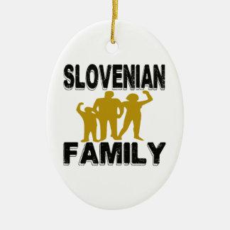 Familia eslovena adorno ovalado de cerámica