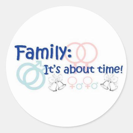 Familia-está sobre el pegatina del tiempo