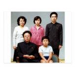 Familia feliz de Kim Tarjetas Postales