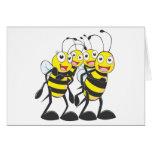 Familia feliz de la abeja tarjetón