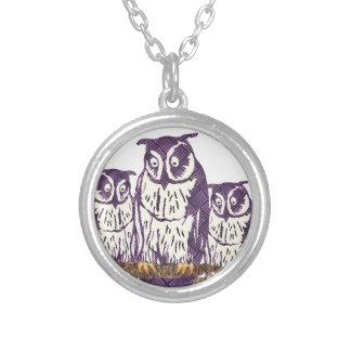 Familia geométrica estilizada púrpura del búho colgante personalizado