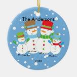 Familia linda del muñeco de nieve de ornamento de  adornos de navidad