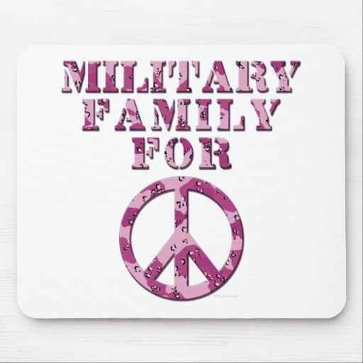 Familia militar para la paz tapetes de ratón