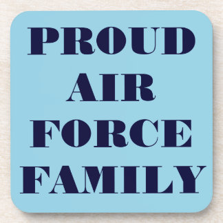 Familia orgullosa determinada de la fuerza aérea d posavasos