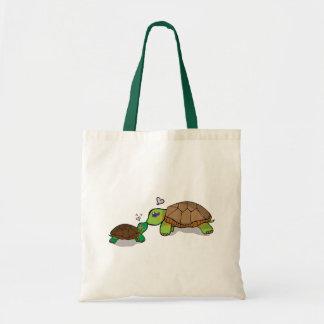 Familia pintada linda de la tortuga - la bolsa de