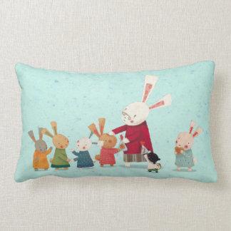 Familia preciosa del conejo de conejito cojin