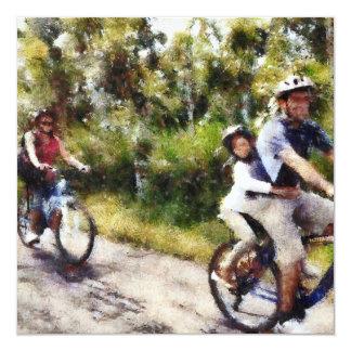 """Familia que disfruta de un paseo del ciclo invitación 5.25"""" x 5.25"""""""