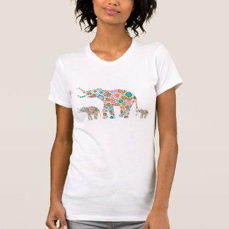 Familia retra colorida del elefante de las flores  playera