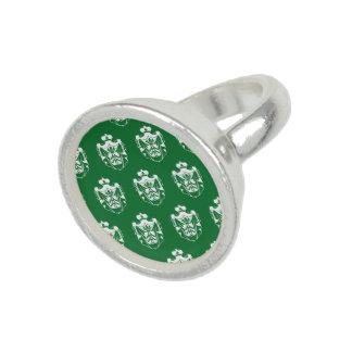 Family Crest white green Ring