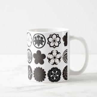 [Family Crests] Flowers Coffee Mug