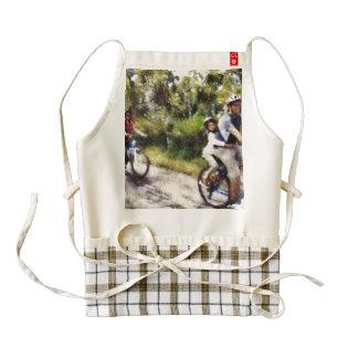 Family enjoying a cycle ride zazzle HEART apron