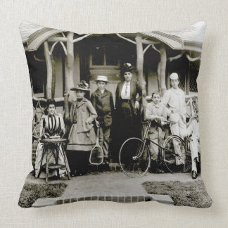 Family Group, c.1900 (b/w photo) Throw Pillow