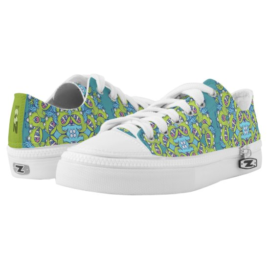 Family of monsters posing for a mandala design Low-Top sneakers