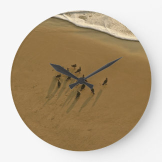 FAMILY REUNION OF SORTS AT THE BEACH ROUND CLOCKS
