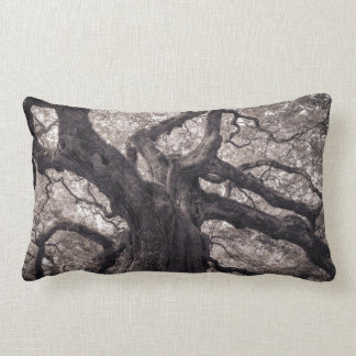 Family Tree Nature's Old Mighty Wisdom Throw Pillow