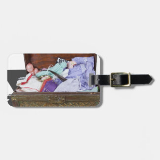 FamilyKeepsakeTrunk033113.png Luggage Tags