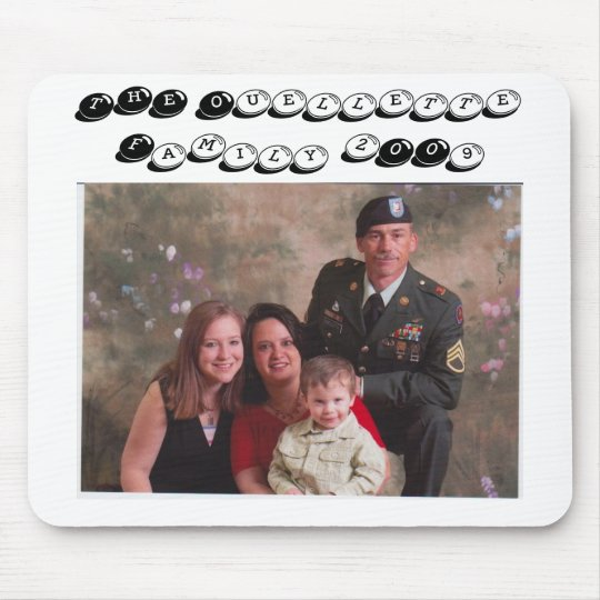 familypic2009, THE Ouellette Family 2009 Mouse Pad