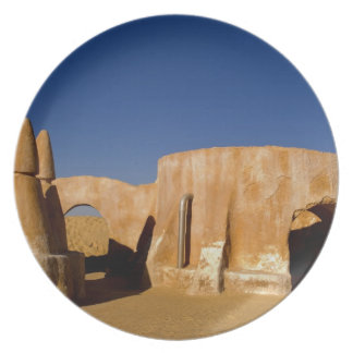 Famous movie set of Star Wars movies in Sahara Party Plates