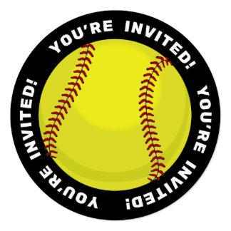 """Fan del softball invitación 5.25"""" x 5.25"""""""