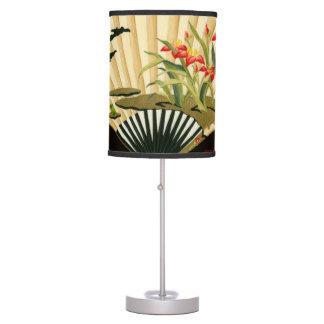 Fan oriental prensada con diseño floral lámpara de escritorio