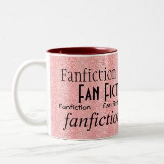 """""""Fanático de la ficción de fan """" Taza De Dos Tonos"""