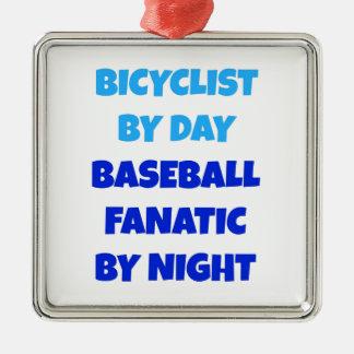 Fanático del béisbol del Bicyclist Adorno Navideño Cuadrado De Metal