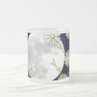 Fancy Daisy Frosted Glass Coffee Mug