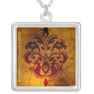 Fancy Fluer Design Necklace