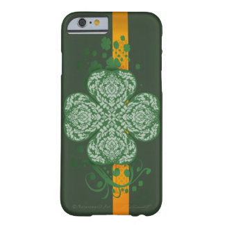 Fancy Four Leaf Clover iPhone 6 Barely There Case