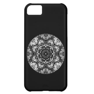 Fancy Round Design on Black. iPhone 5C Cover