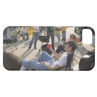 Fans waiting in parking lot before game iPhone SE/5/5s case