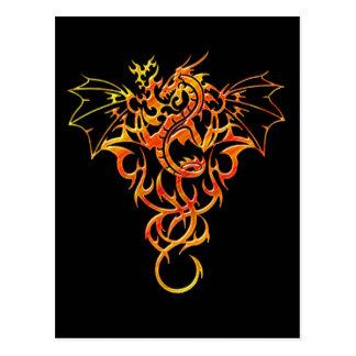 Fantasía de la llama del dragón postales
