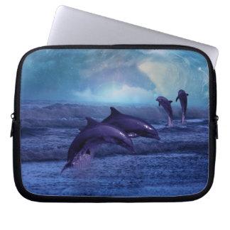 Fantasía de los delfínes funda computadora